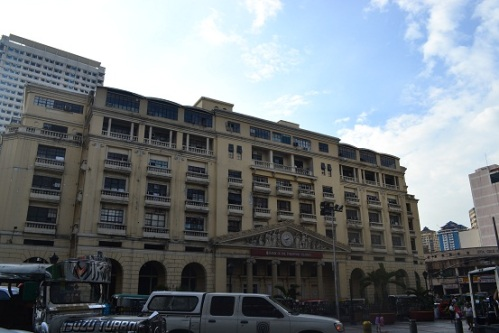 Coming from the side of the Manila Central Post Office, Jones Bridge will lead you to Plaza Lacson.