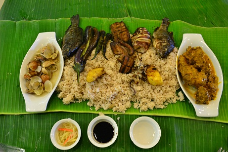 He enjoys this boodle feast so much and I don't know if I can enjoy this as much as I did when we're with him.