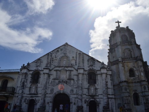 So we rented the trike that Mang Cesar recommended. First stop: Daraga Church.
