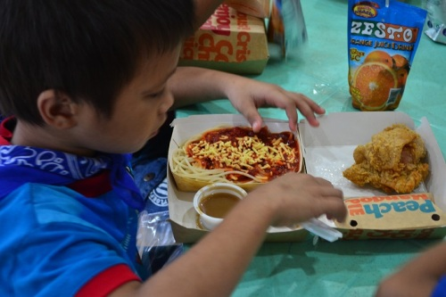 Spaghetti and fried chicken always win the heart of kids. :)