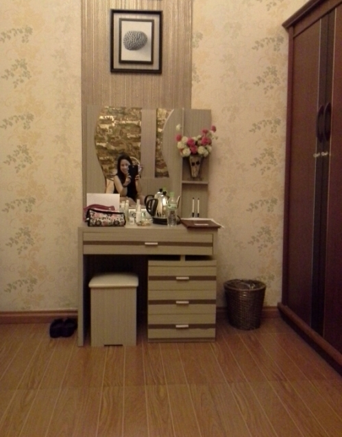 The room was so spacious, I got a little too paranoid that I locked the closet and felt thankful that the tv was screwed up the wall that if ever Sadako comes out of it, she will fall. Hard.